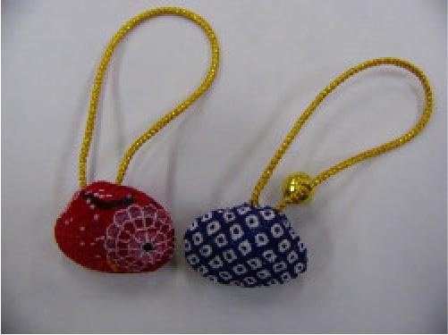 手芸作品 貝殻のキーホルダーのイメージ画像